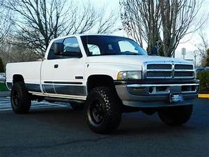 2002 Dodge Ram 2500 Slt 4dr    6 4x4 5 9l Cummins