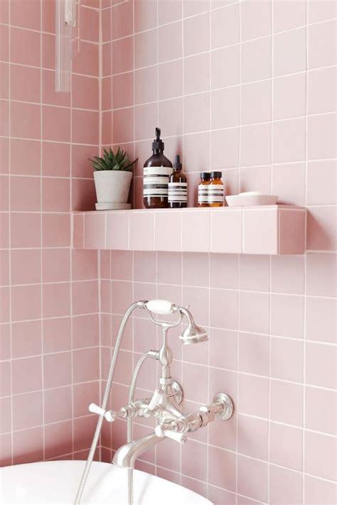 pink bathrooms       spring