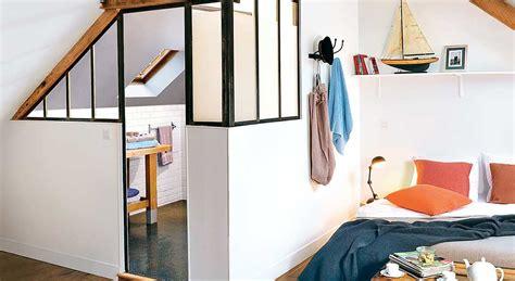 papier vinyl cuisine créer une chambre et une salle de bains sous les toits