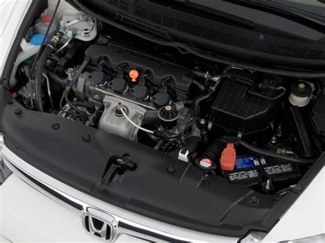 image  honda civic sedan  door auto  engine size