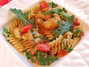Pasta Mit Garnelen : spaghetti mit rucola und garnelen in vanille tomaten von paninero ~ Orissabook.com Haus und Dekorationen