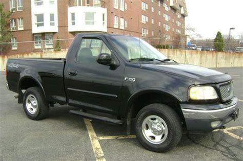 buy   ford   xlt single cab short bed pickup