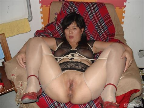 Chinese middle-aged wife juicy pussy photos leaked