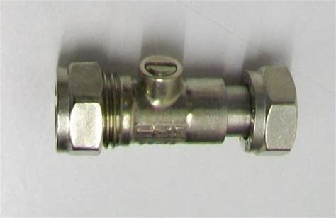 Chrome Toilet and Tap Isolation Shut Off Valve   07000150