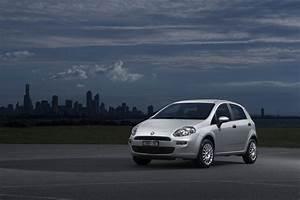 Fiat Punto Pop : 2013 fiat punto first impressions ~ Medecine-chirurgie-esthetiques.com Avis de Voitures