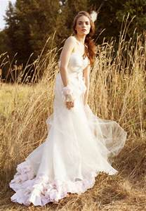 dress for fall wedding tips for fall wedding dresses 2016
