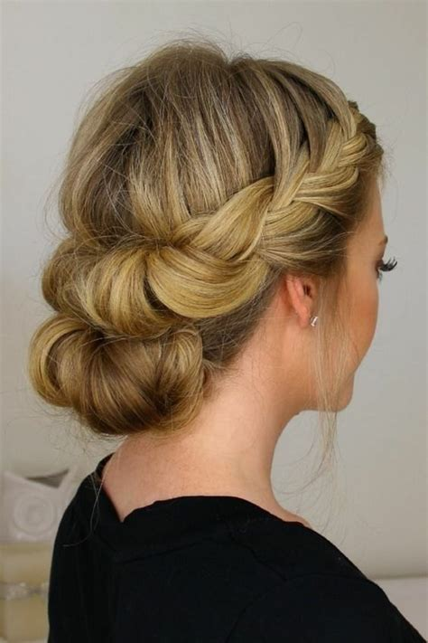 coiffure mariage cheveux long invite coiffure simple
