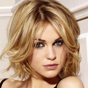 Model Coiffure Femme : coupe de cheveux pour visage rond et cheveux fins ~ Medecine-chirurgie-esthetiques.com Avis de Voitures