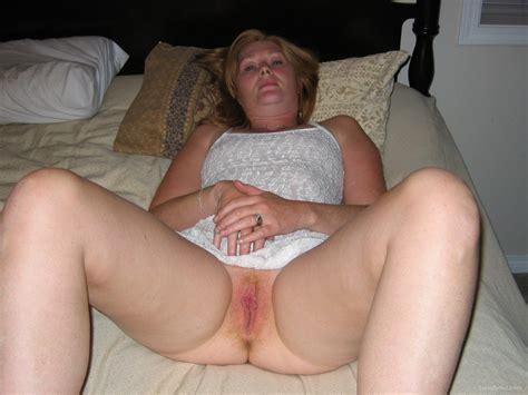 Showing Porn Images for Amateur canadian milf porn   www ...