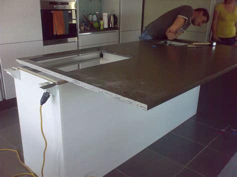 revetement plan de travail cuisine a coller cheap gema granit quartz himacs plan de travail cuisine