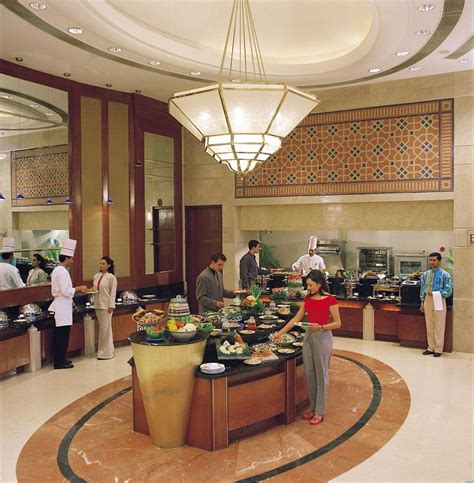 Sheraton New Delhi Hotel - Indian Holiday