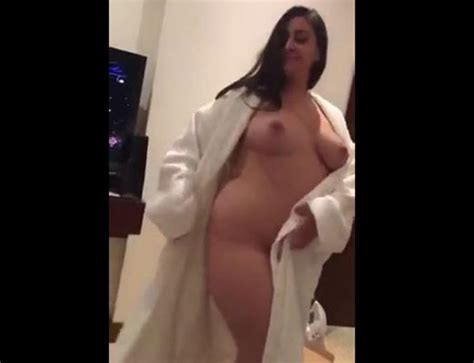 mature pakistani wife naked arab sex