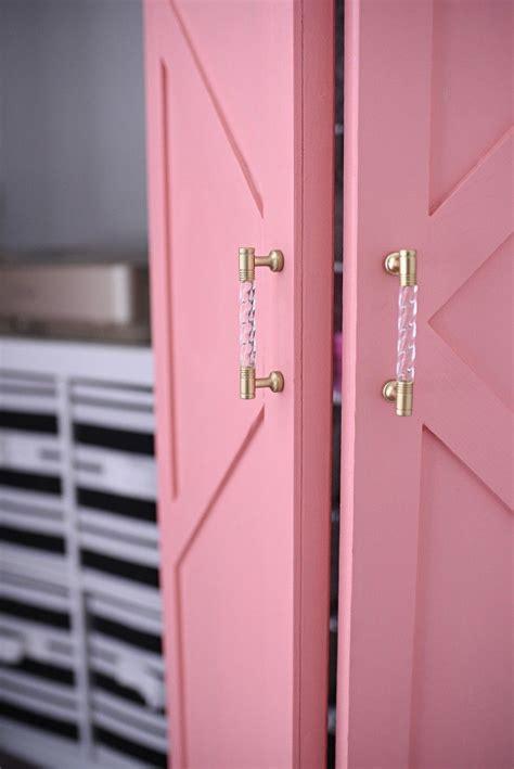 DIY Coral & Glam Bi-Fold Closet Door Makeover Tutorial