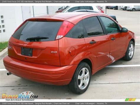 2005 ford focus zx5 ses hatchback sangria red metallic