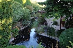 Jardin Avec Bassin : entretien d un jardin luxuriant avec bassin jardins de l 39 orangerie ~ Melissatoandfro.com Idées de Décoration