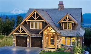 A Compact Hybrid Timber Frame Home Design   Photos