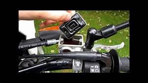 Comment Purger Des Freins : tuto changer liquide de frein moto how to change brake fluid youtube ~ Medecine-chirurgie-esthetiques.com Avis de Voitures