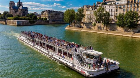 Bateau Mouche Tour by Photos Sightseeing Boat Tour Bateaux Mouches Come To Paris