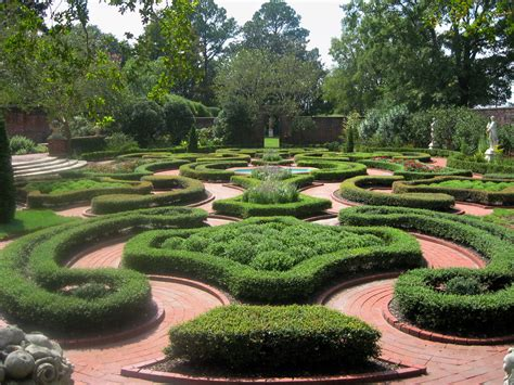 Formal English Garden Designs Pdf