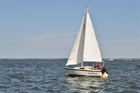 Sailboats Sailing by Sailboat Rentals Barnegat Bay Sailing School And
