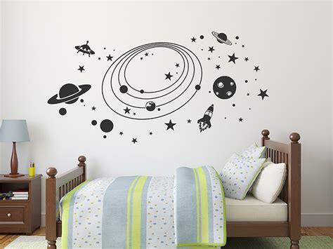 Wandtattoo Kinderzimmer Weltall by Wandtattoo Weltall Mit Sternen Planeten Wandtattoos De