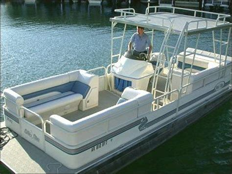 Weeres Paddle Boat For Sale by Best 25 Pontoon Boating Ideas On Pontoon