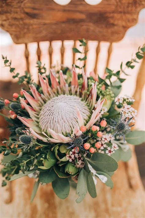 claire robbies boho country wedding  native flowers