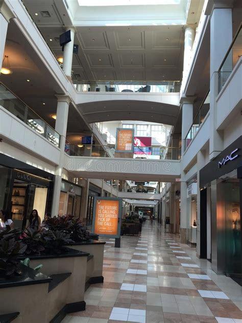westchester mall  white plains  york editorial