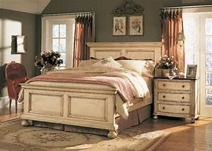 THE FURNITURE :: Detailed Antique White Panel Bedroom Set ...