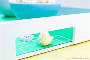 Spieße Selber Machen : diy fu ballfeld tablett fandeko f r die fu ball wm selber machen diy blog aus ~ Watch28wear.com Haus und Dekorationen