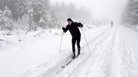 les premi 232 res pistes de ski ont ouvert en belgique le soir plus
