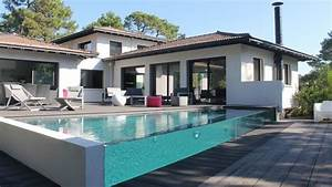 Reve De Piscine : une piscine de r ve avec carr bleu c t maison ~ Voncanada.com Idées de Décoration