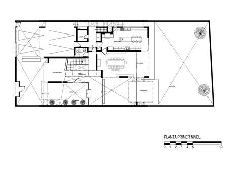 Gallery Of Patio House / Seinfeld Arquitectos