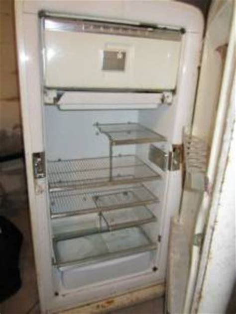 ih refridgerator whats  worth yesterdays tractors
