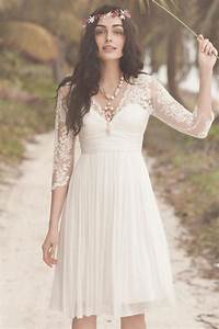 Robe de mariee courte a manche dentelle boheme mi longue for Robe romantique dentelle