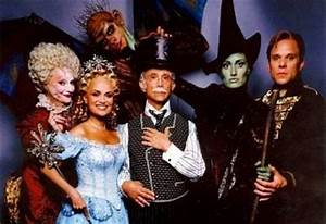 Broadway Musical Wicked | NYC Insider Guide Tips and Review