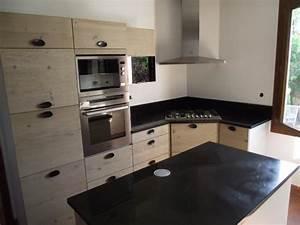 Plan De Travail Marbre Noir : plan cuisine granit pierre adouci poli granitier dans le ~ Dailycaller-alerts.com Idées de Décoration