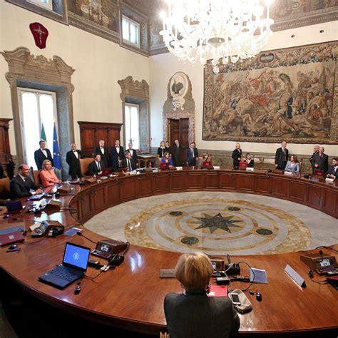 consiglio dei ministri ue manovra 2018 oggi sul tavolo consiglio dei ministri
