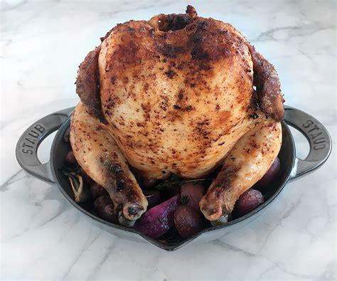 staub vertical chicken roaster  graphite gray