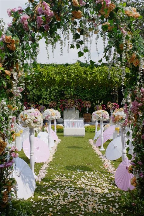 Garden Reception Decoration Ideas by Towers Garden Wedding Decoration By Sheraton Bandung Hotel