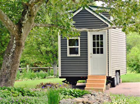 ihr solltet euch kein tiny house kaufen um geld zu sparen sagen immobilienexperten business