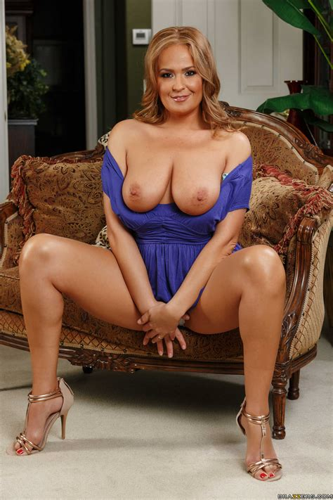Busty Milf Gets Naked With Her Hubby S Mistress Photos
