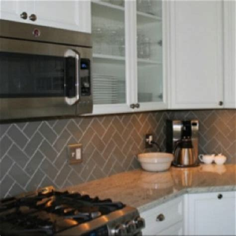 how to do tiling in kitchen 1000 images about backsplash ideas on lush 8640