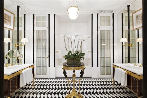 Peter Marino Revamped Luxury Mansion On The Upper East