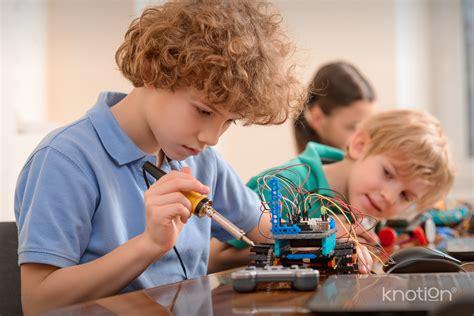 Knotion - ¿Cómo son las escuelas para niños superdotados?
