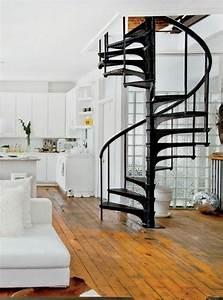 les 25 meilleures idees de la categorie escalier en With maison avec escalier exterieur 4 un escalier en colimacon des idees pour relooker votre