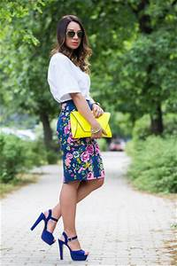 Zara Neon Clutch Bag How to Wear and Where to Buy