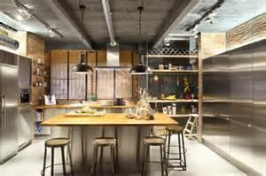 Retro Kitchen Islands La Cuisine Avec Ilot Cuisine Bien Structurée Et Fonctionnelle Archzine Fr