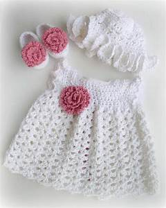 10 Cute Winter Outfits for Baby Girl 2015