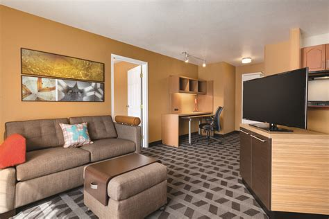 Livingroom Suites by Come And Stay At Our Towneplace Suites Denver Downtown Hotel